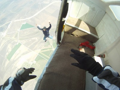 skydiving-270130_1280